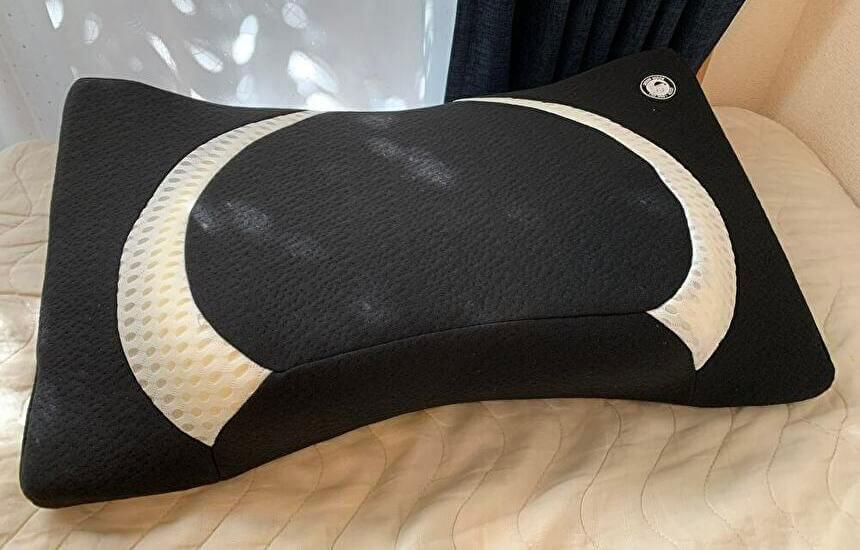 ヨコネクラシックの口コミ1−1.横向き寝に最適な形状